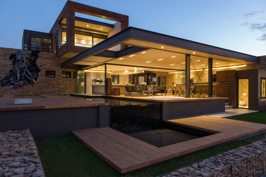 aluminium-partitioning-in-modern-house