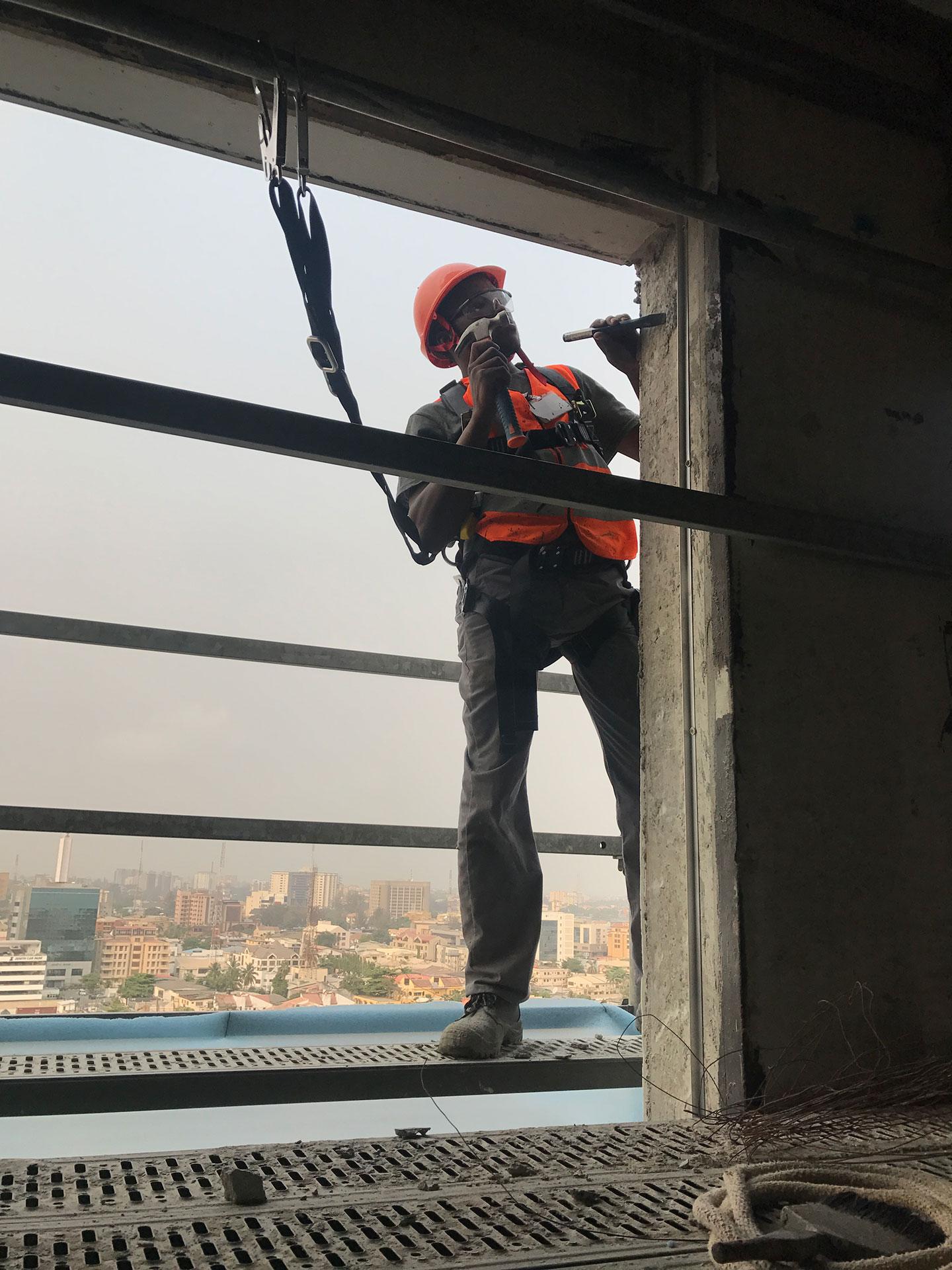 qone-construction staff